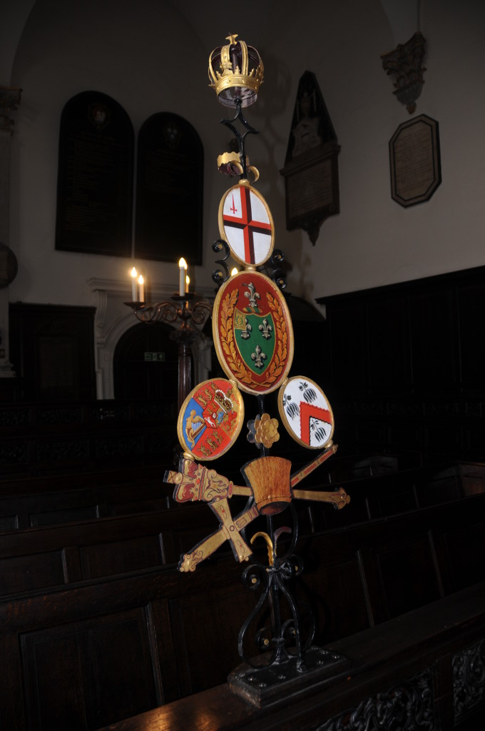 Abchuch sword holders 1