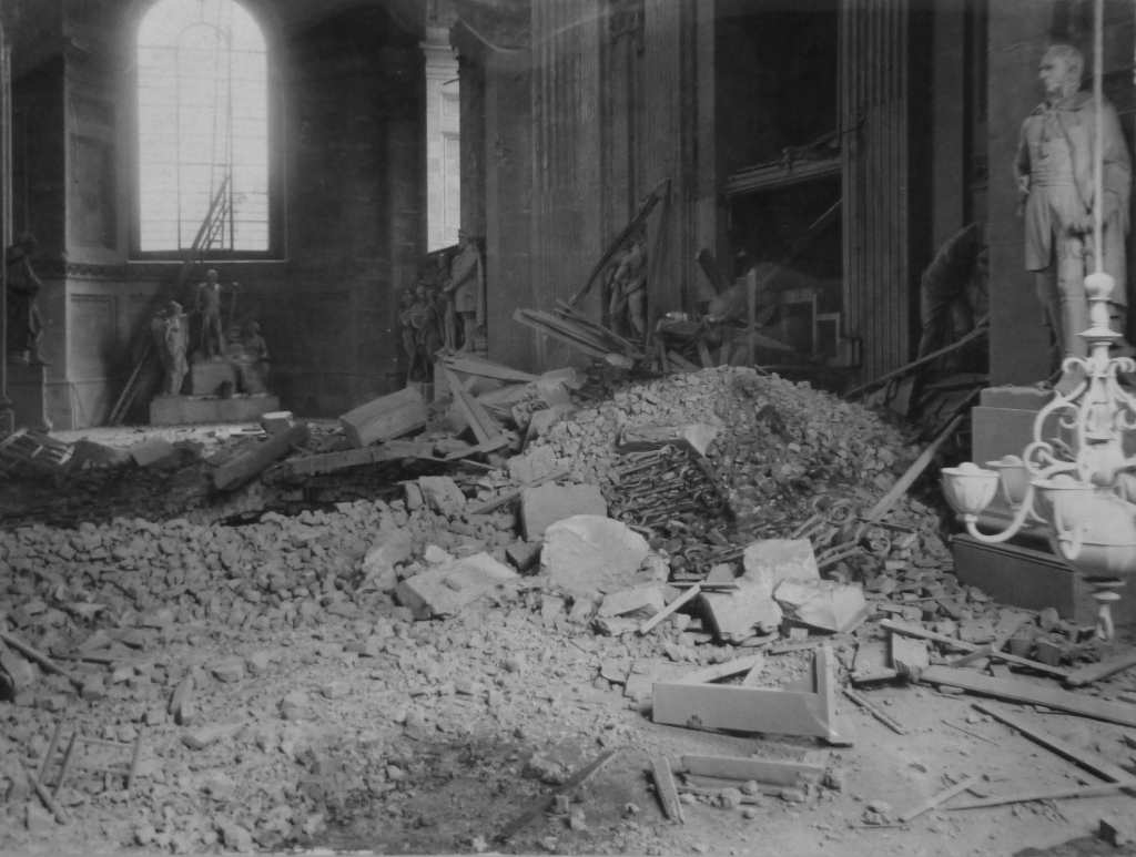 St Pauls bomb damage 1