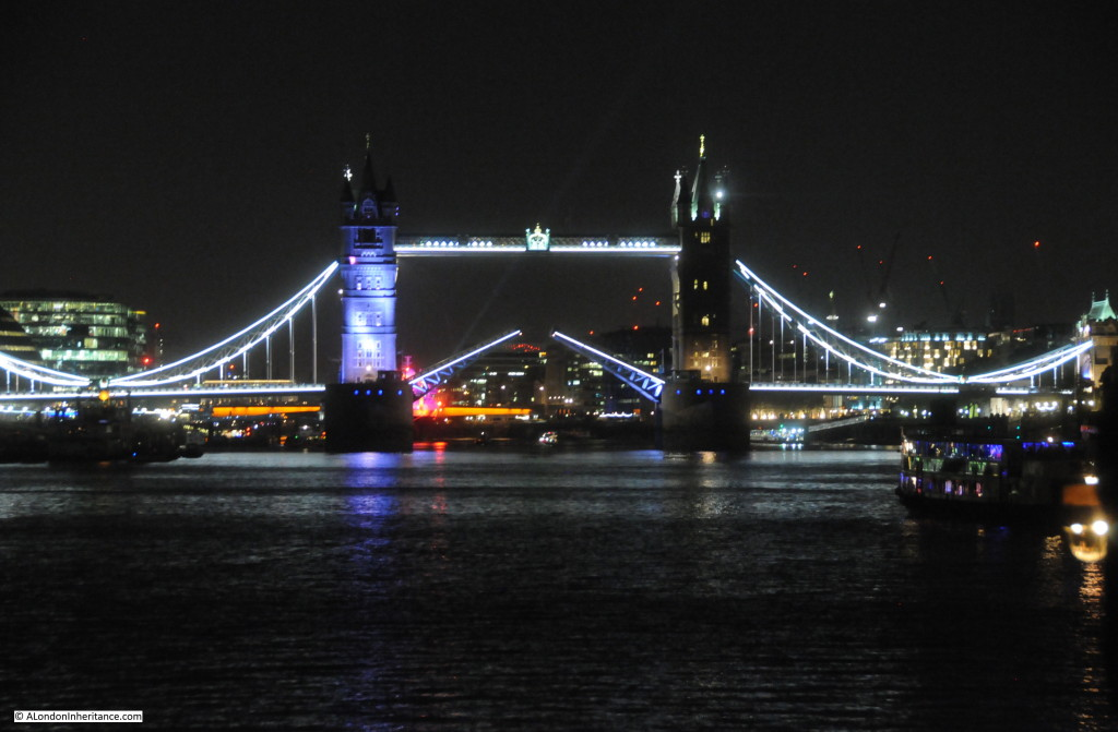 Thames at Night 25