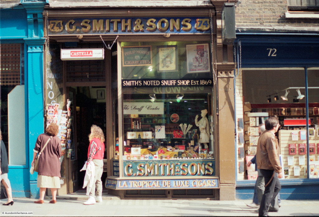 Walk through 1980s London 16