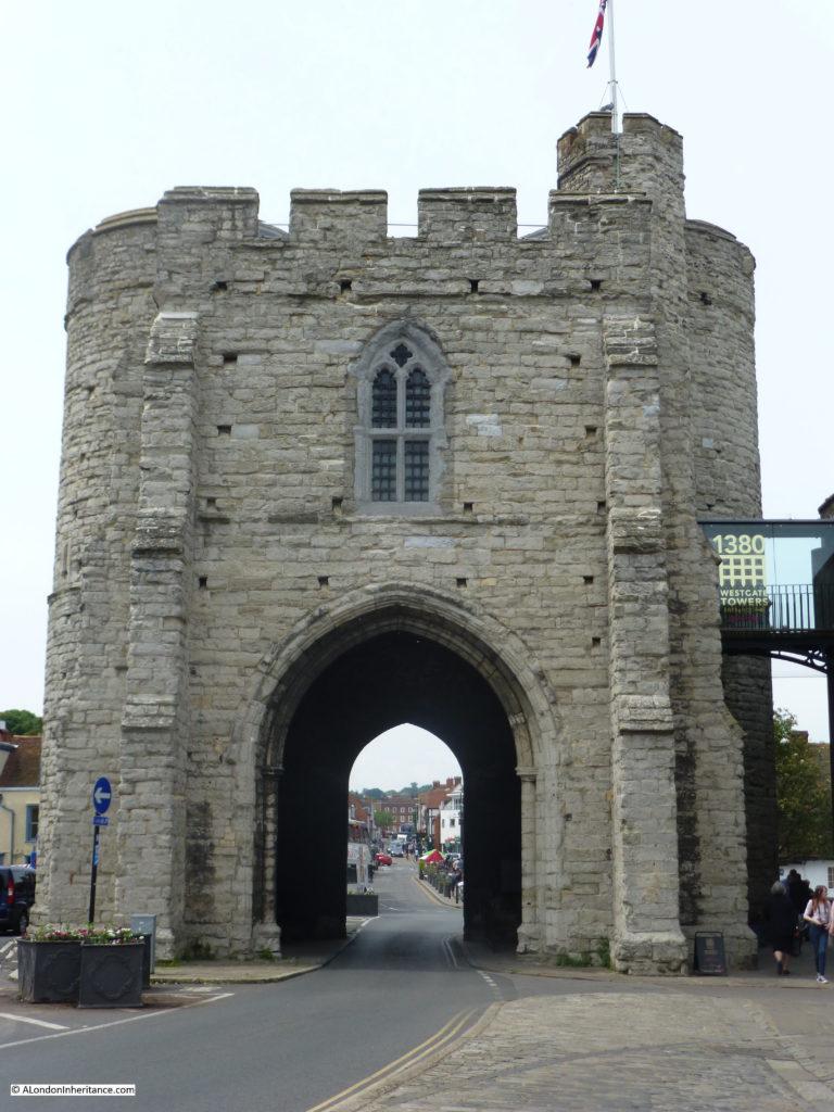 Canterbury 22