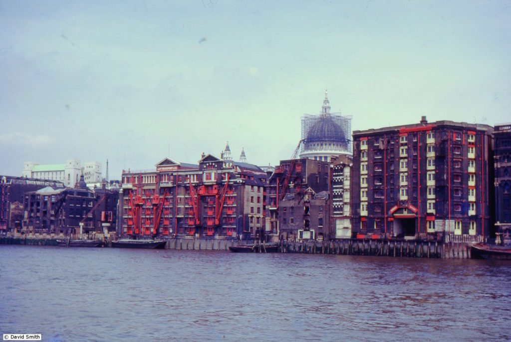 1960s_uk-slides_121-jul-66-thames
