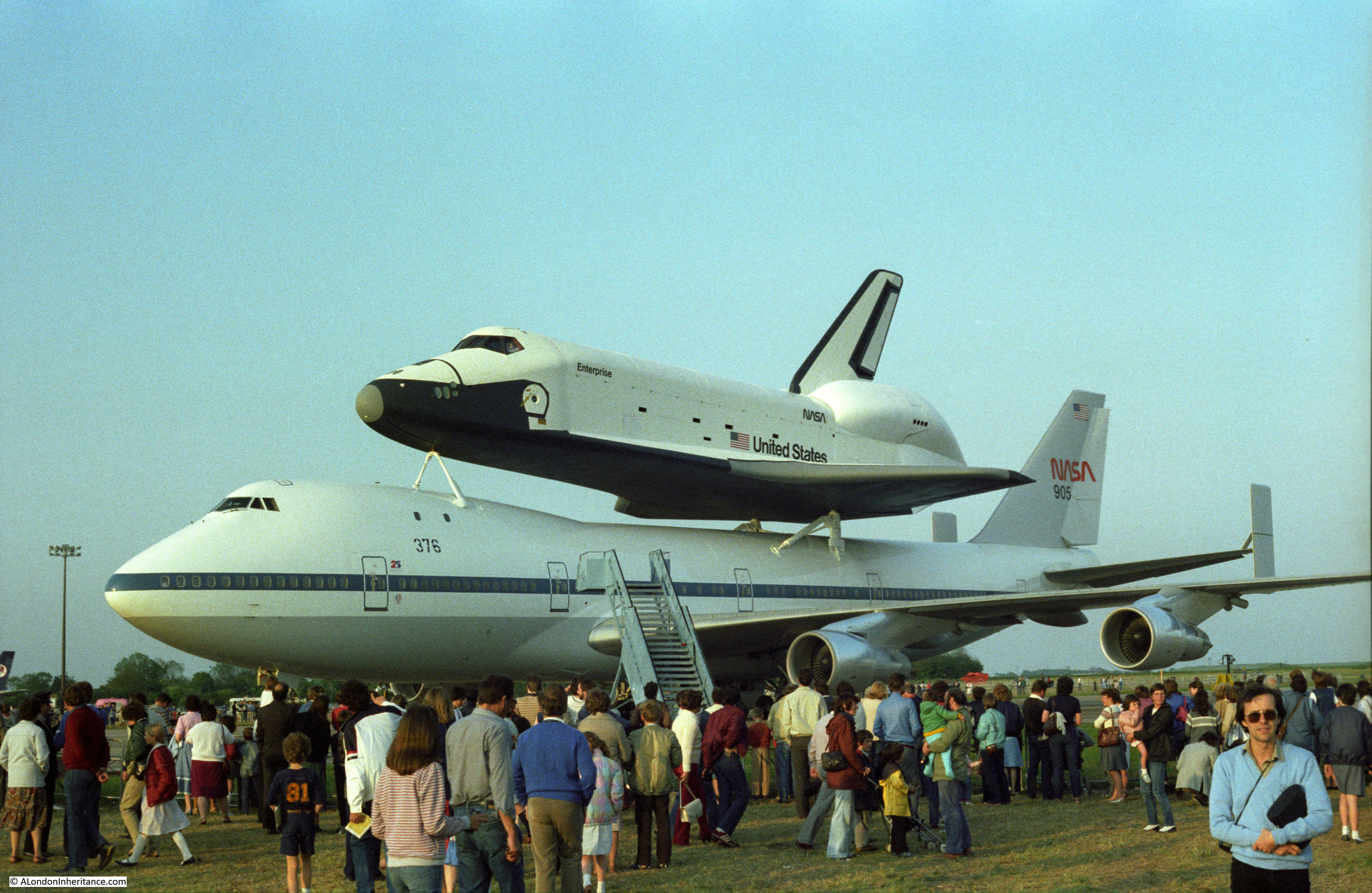 space shuttle landing at stansted - photo #7