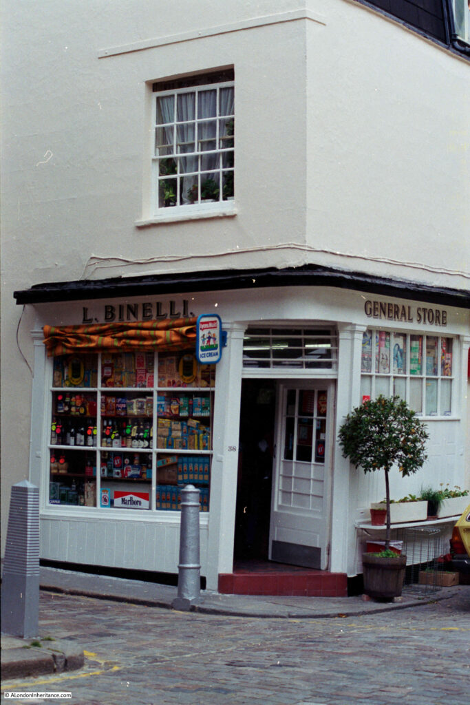 Binelli General Stores, Groom Place
