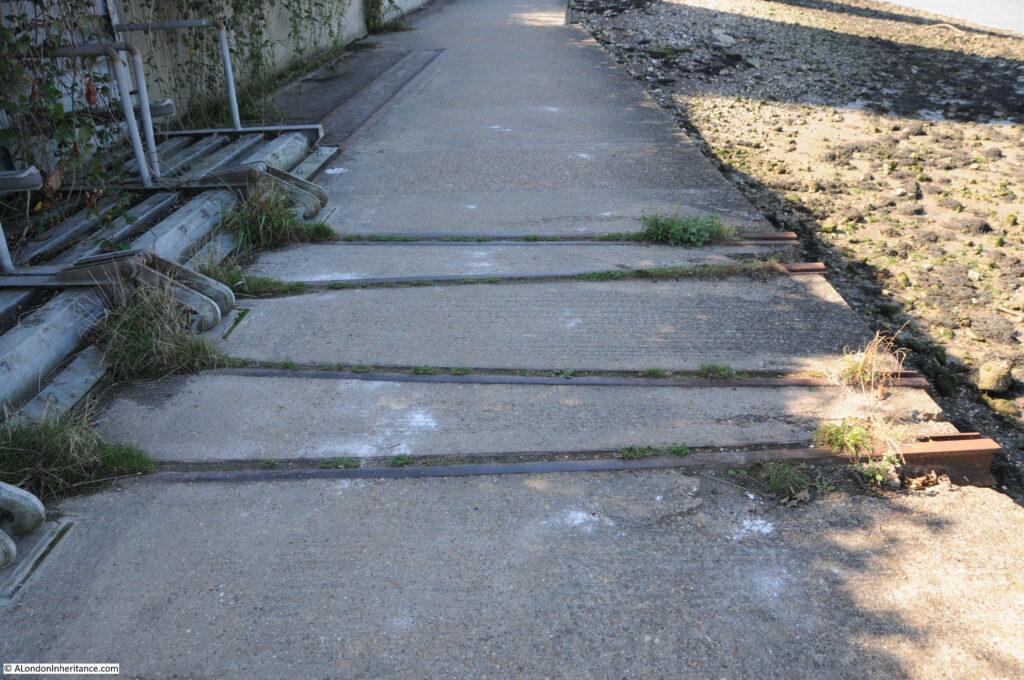 Thames Walkway